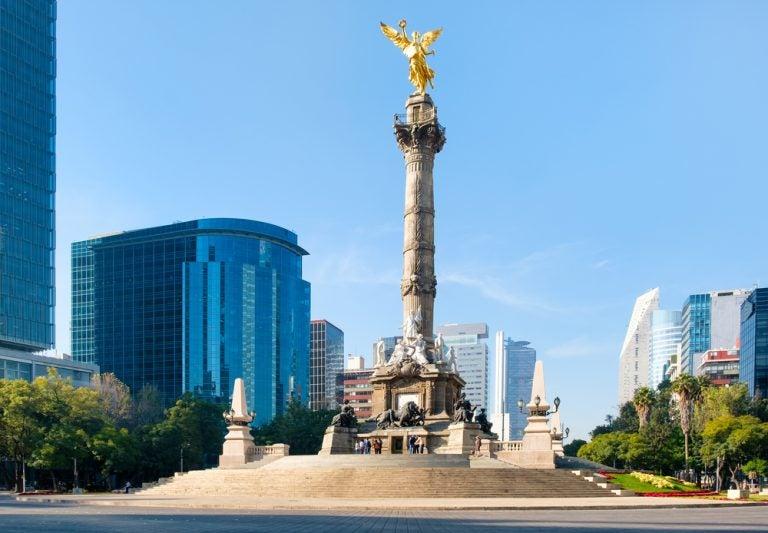Visitamos el Ángel de la Independencia de México