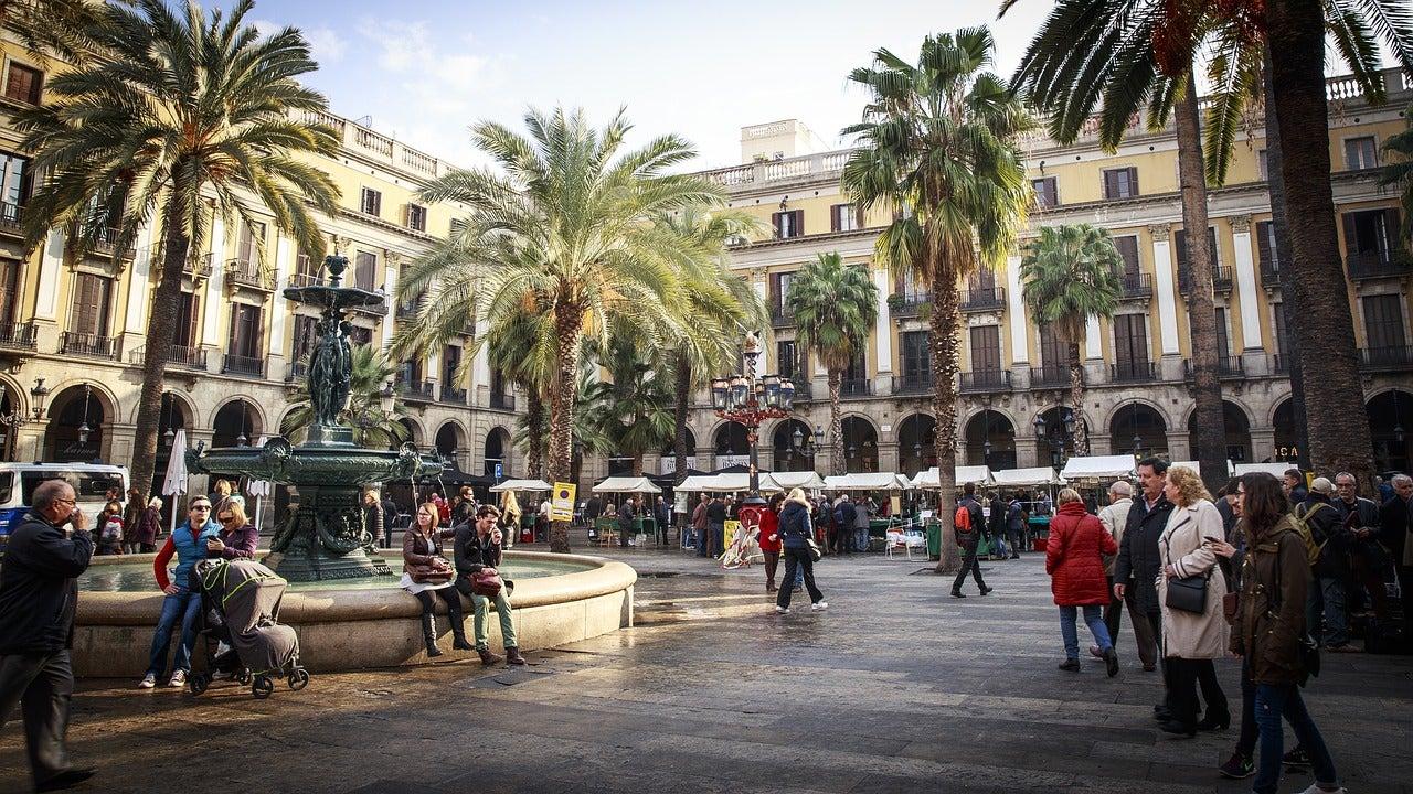Gente en Barcelona