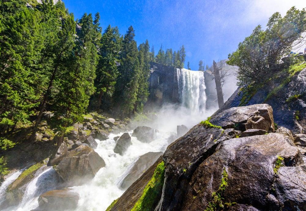 Cascada Vernal en Yosemite