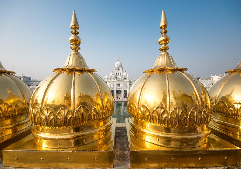 Cúpulas del Templo Dorado de la India