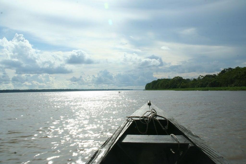 Canoa en el Amazonas