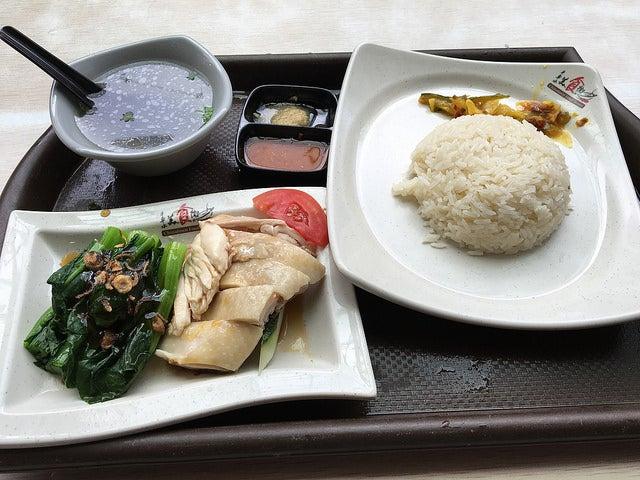Menú en el barrio chino en Singapur