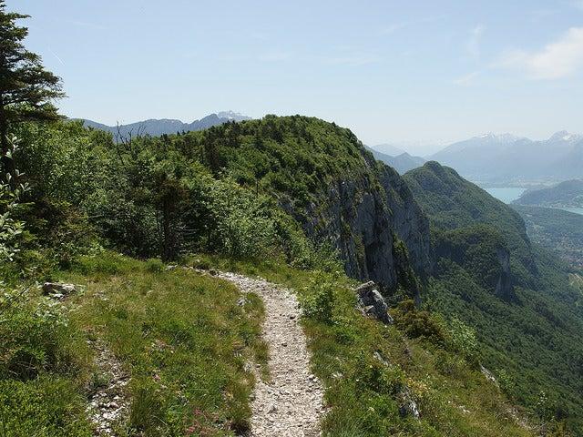 Ruta hacia Mont Veyrier