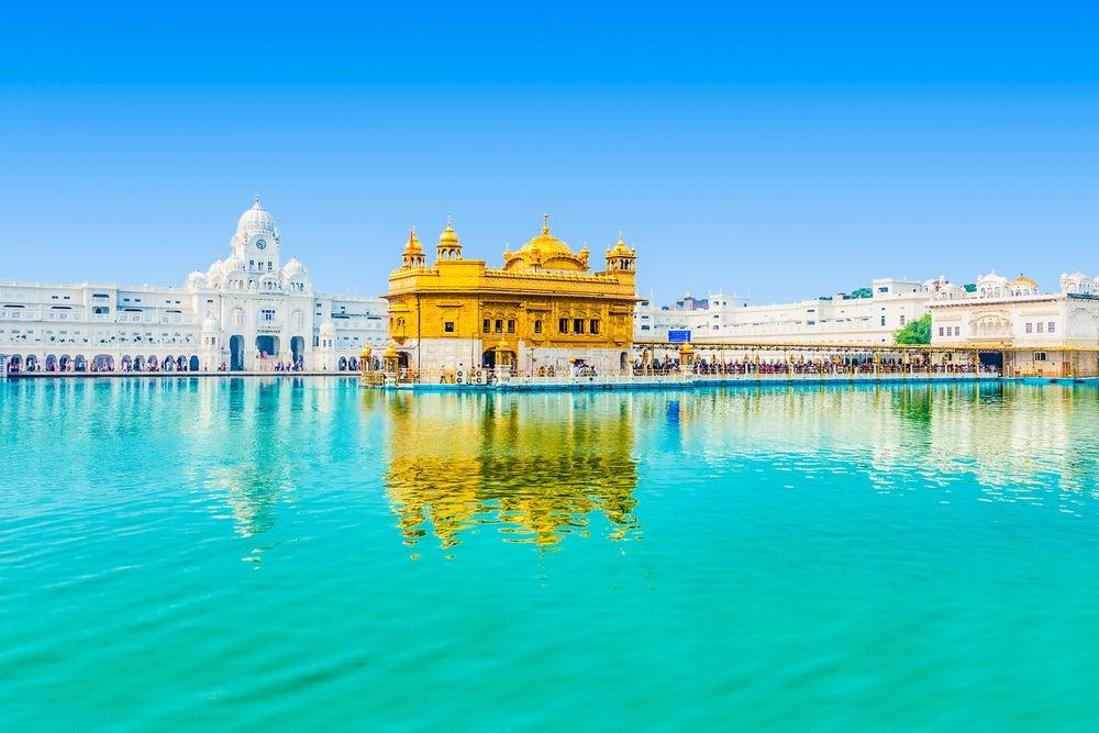Templo Dorado y lago sagrado