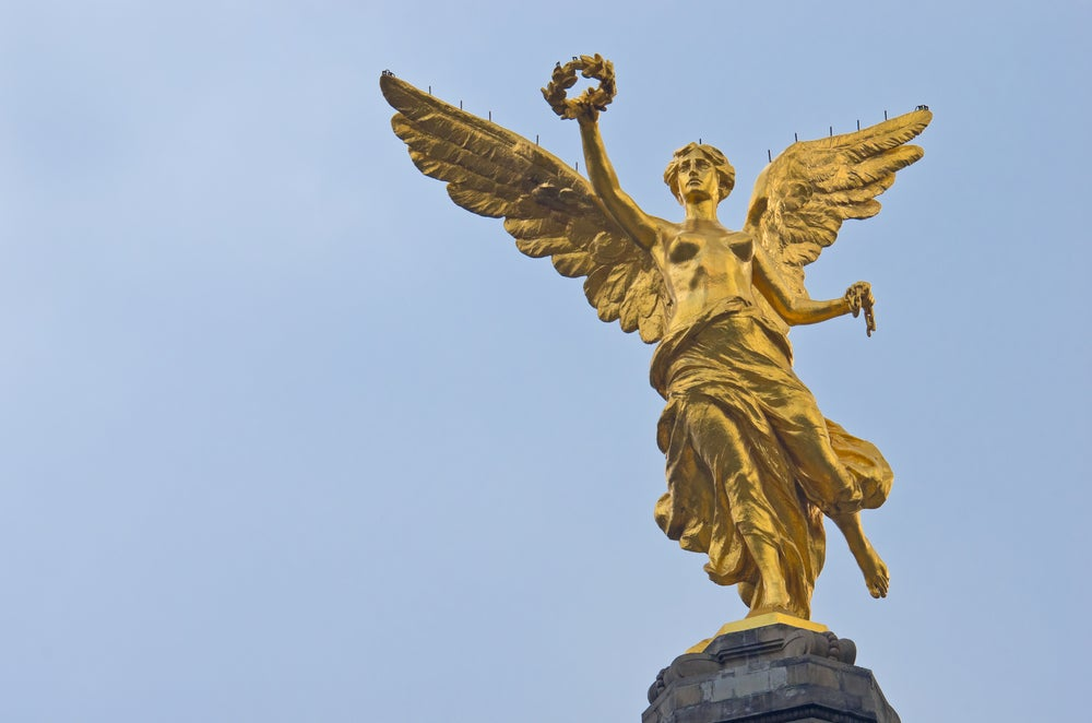 Victoria Alada en el monumento a la Independencia de México