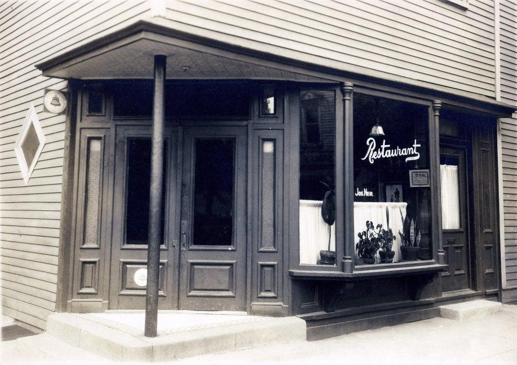 Neirs Tabern uno de los bares de Nueva York más antiguos