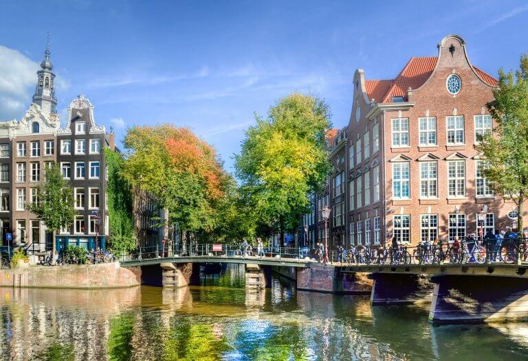 Viajar a Ámsterdam por primera vez: 5 consejos prácticos