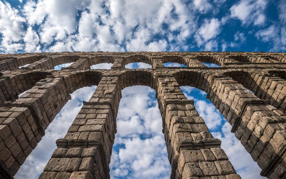 Arcos dobles del acueducto de Segovia