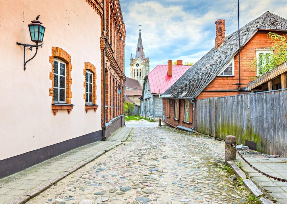 Calle de Cesis en Letonia