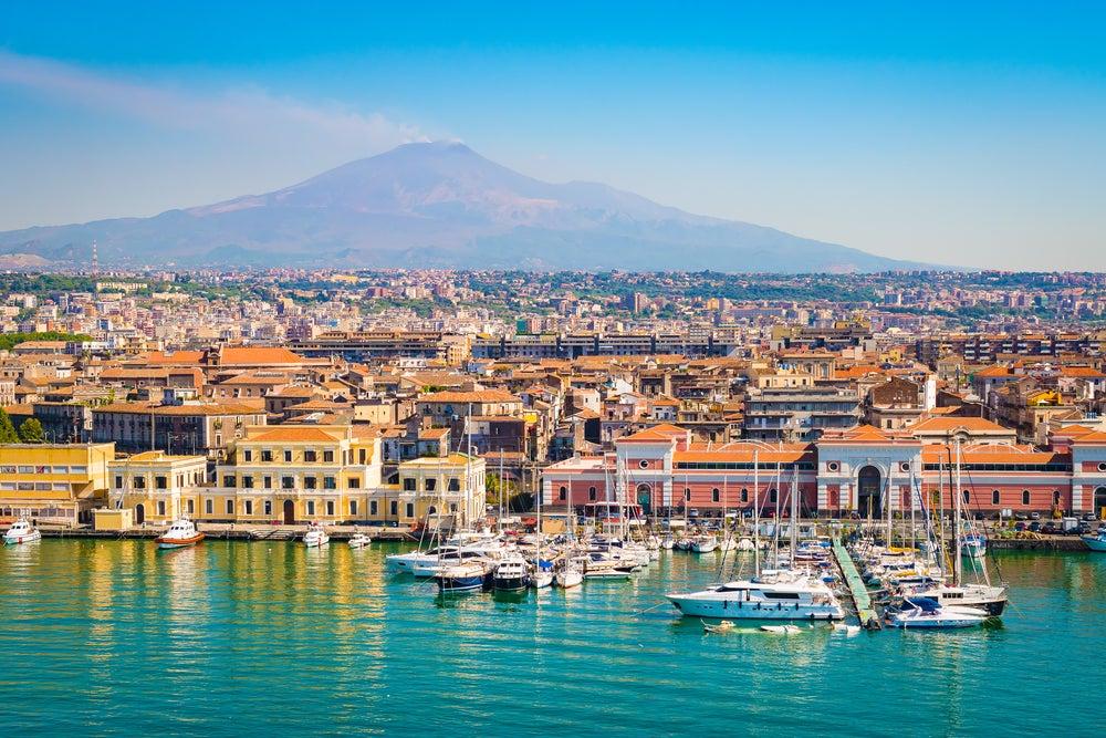 Disfrutar de Catania, en Sicilia, de día y de noche