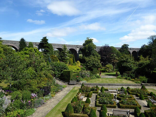Jardines en Charlton
