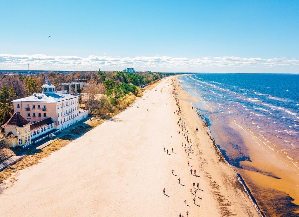 Playa de Jurmala, para disfrutar de Letonia en el verano
