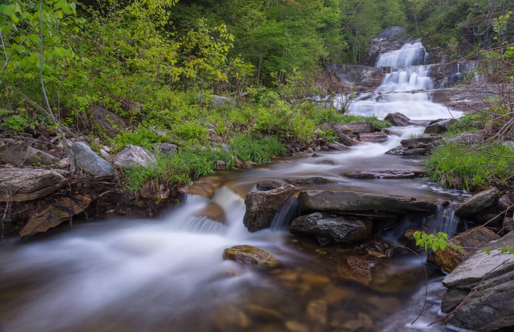Kent Falls en una ruta por Nueva Inglaterra