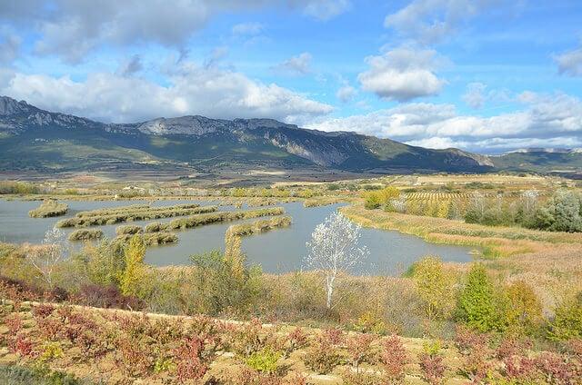 Lagunas de Lagaurdia para practicar senderismo