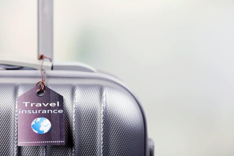 Seguros de viaje: no olvides leer la letra pequeña