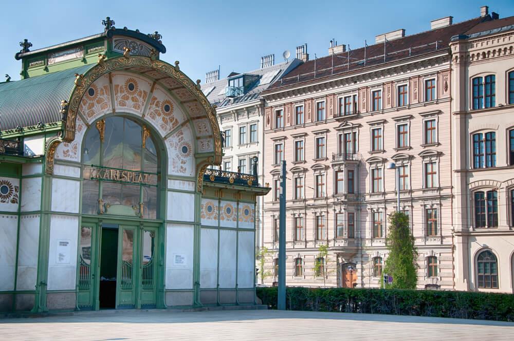 Estación de Karlplatz en Viena