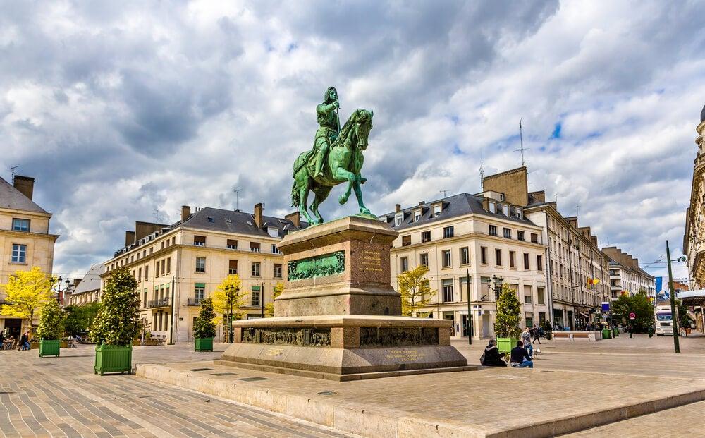 Monumento a Juana de Arco en Orleans