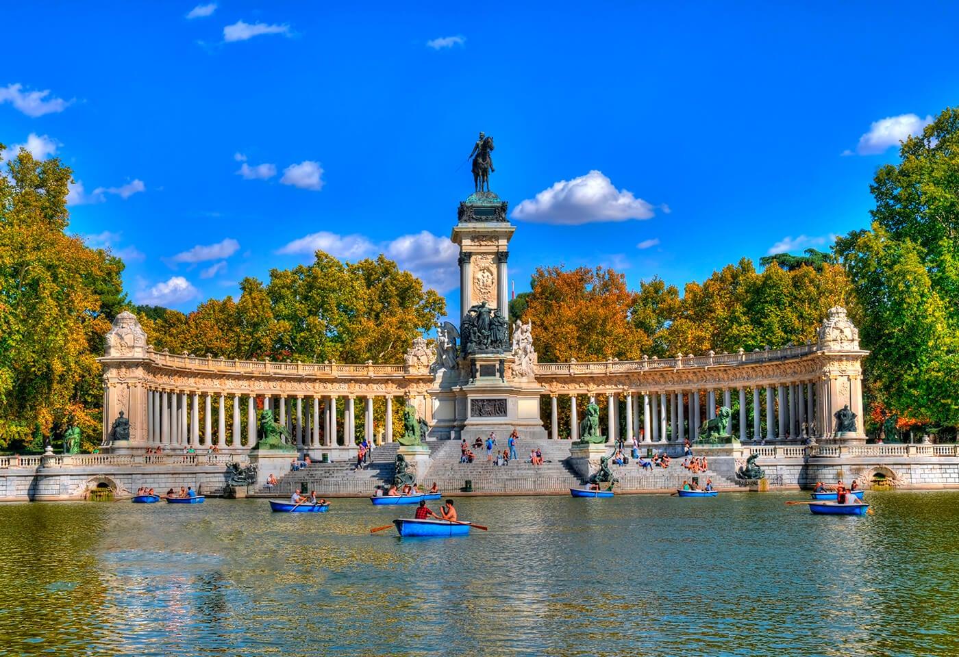 Estanque del parque del Retiro de Madrid