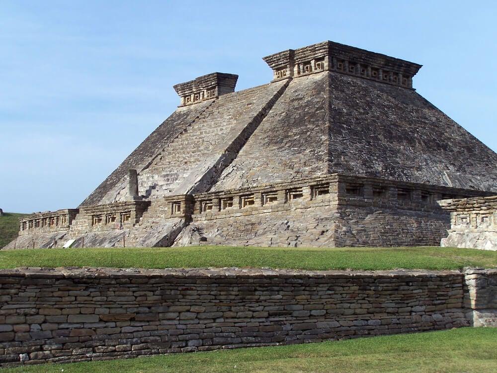 Pirámide en El Tajín