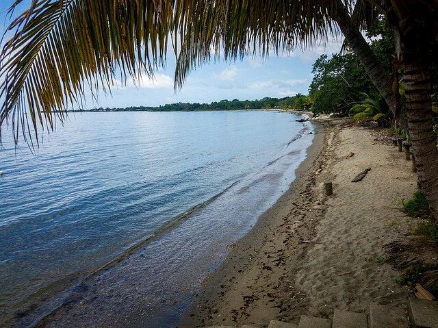 Playa de Omoa en Honduras