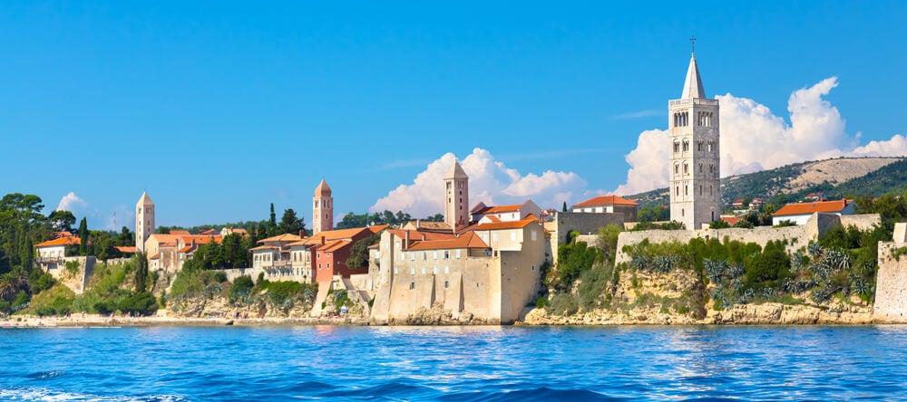 Vista de Rab en Croacia