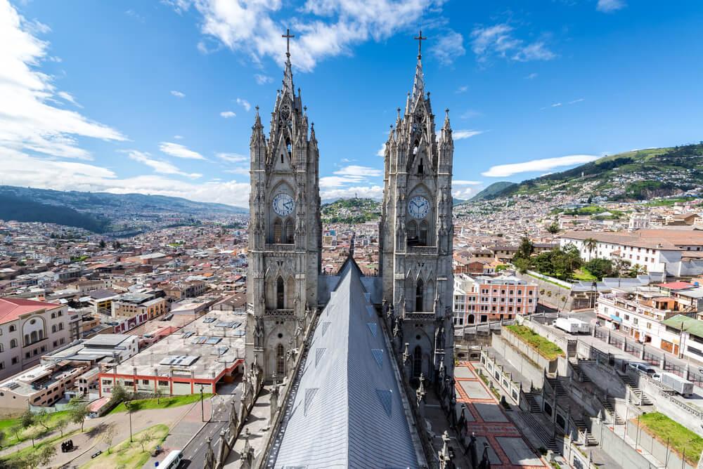Torre de la Basílica del Voto Nacional de Quito