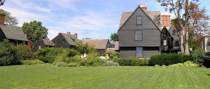 Casas coloniales en Salem