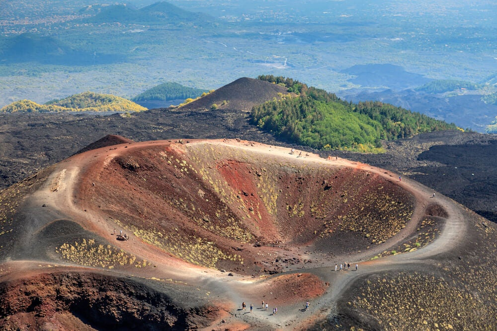 Volcán Etna en la isla de Sicilia