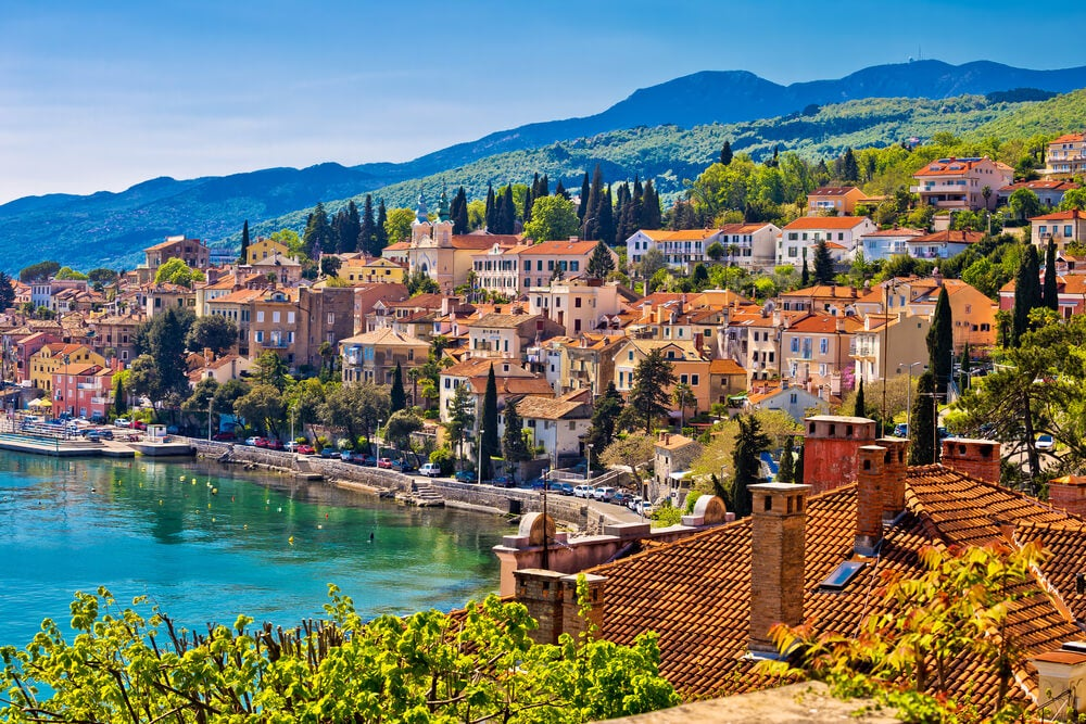 Volosko en la Riviera de Opatija, Croacia