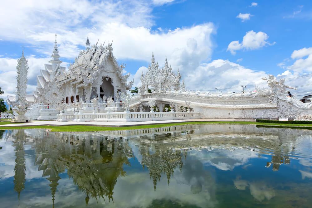 Templo Wat Rong Khun en Tailandia
