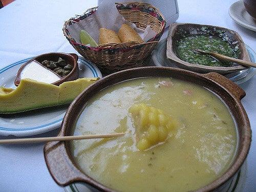 Ajiaco, plato de la deliciosa comida de Colombia