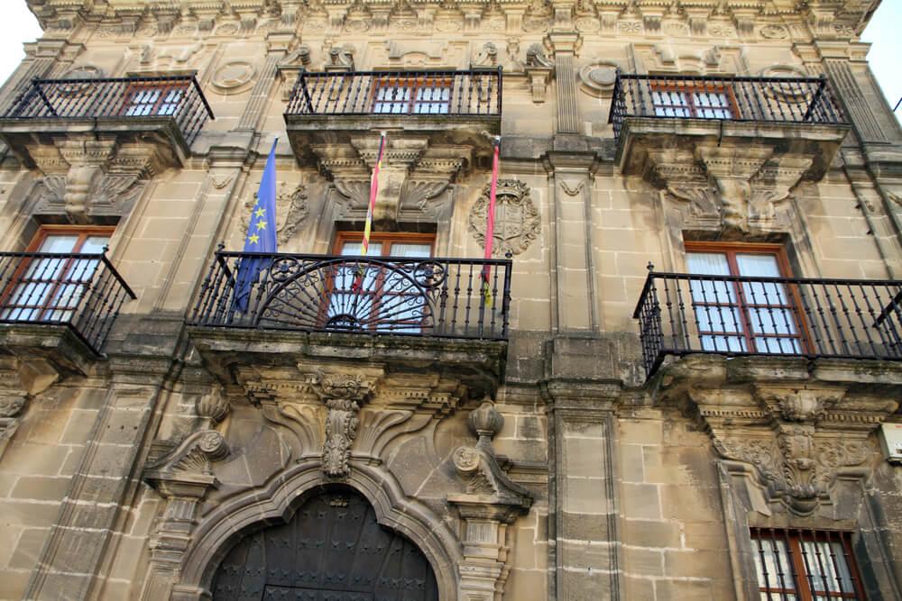 Palacio del Marqués de San Nicolás en Briones