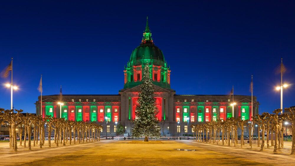 Ayuntamiento de San Francisco en Navidad