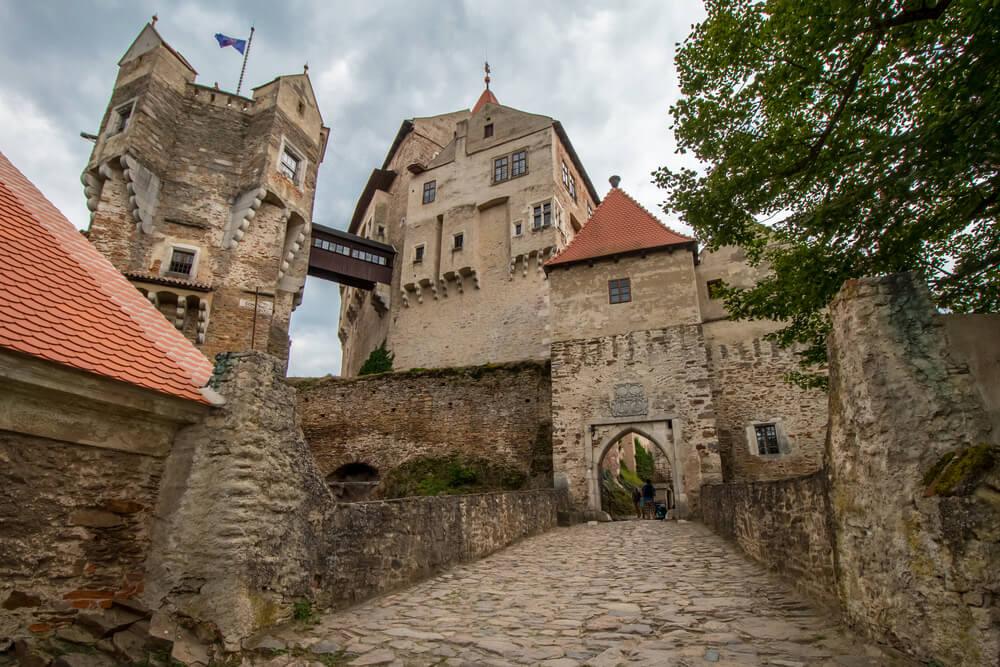 Castillo de Pernstejn en la República Checa