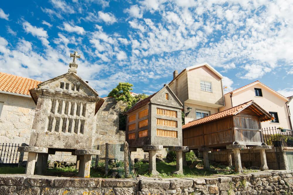 Visita el pueblo más famoso de Galicia: Combarro