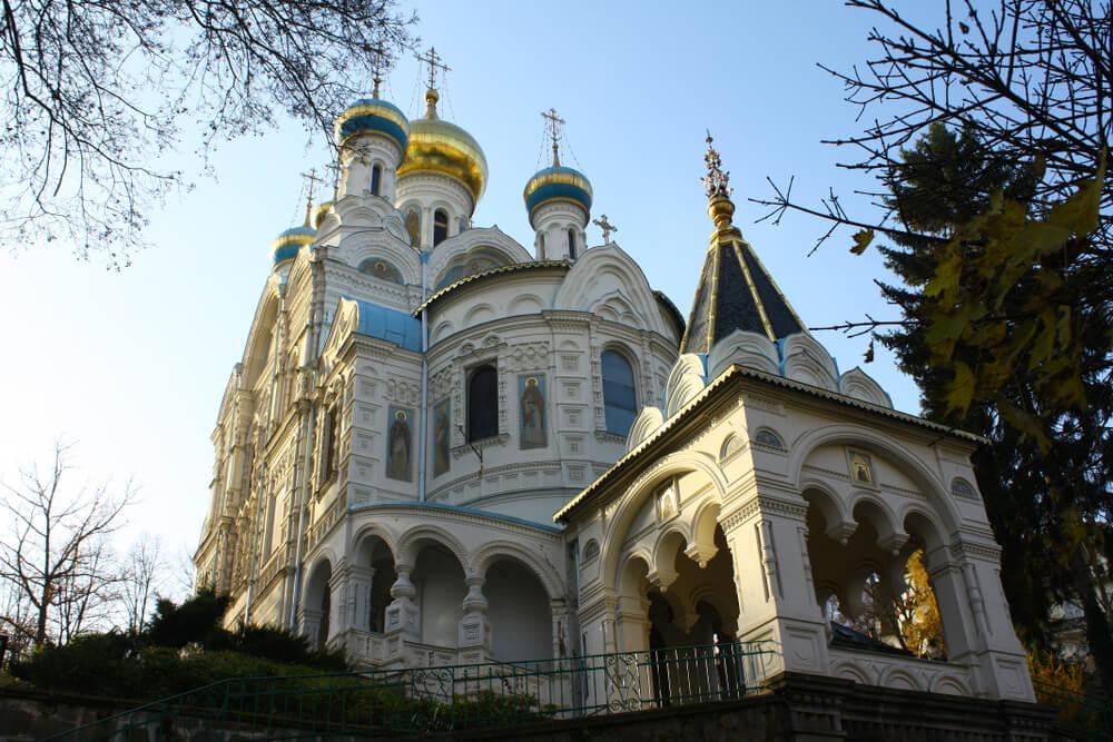 La iglesia ortodoxa de San Pedro y San Pablo de Karlovy Vary