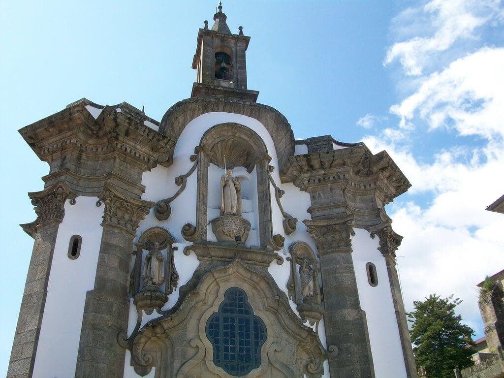 Iglesia de San Telmo en el casco histórico de Tui