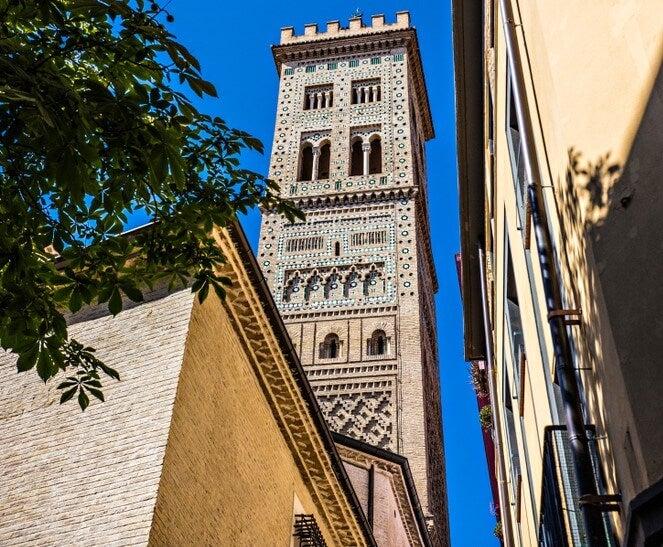 Visita la iglesia de Santa María Magdalena en Zaragoza