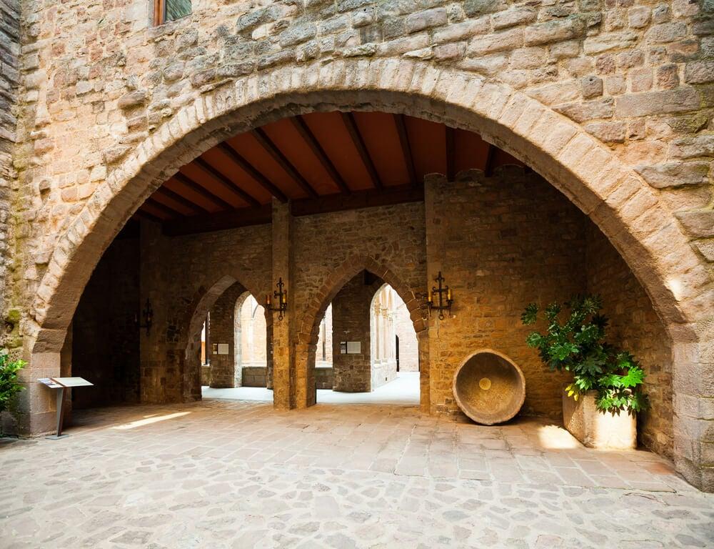 Interior del castillo de Cardona