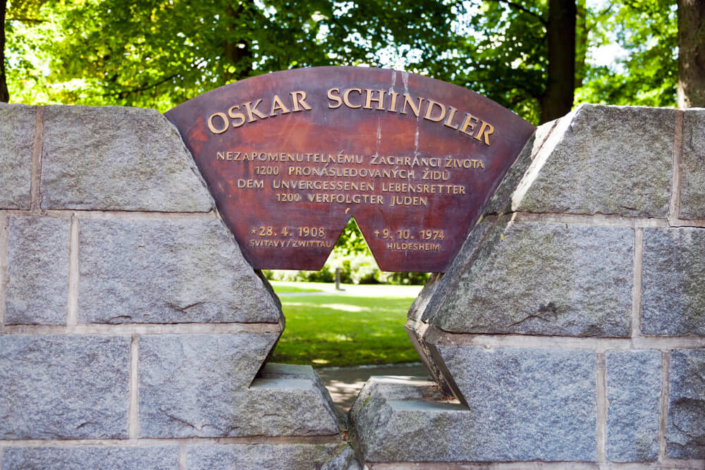 Monumento a Oskar Schindler en Svitavy