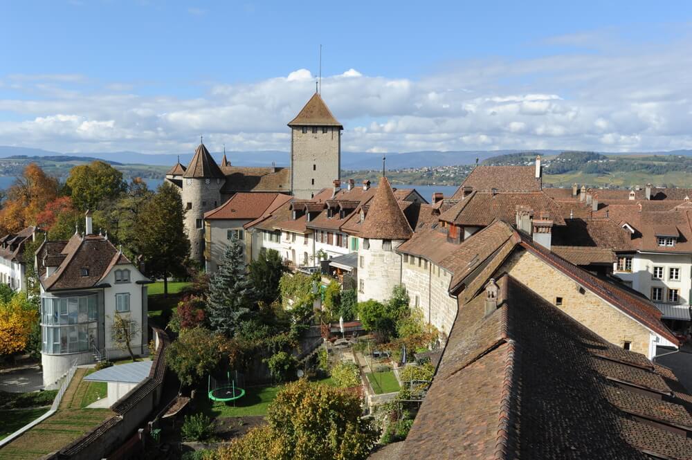 Murten, un precioso pueblo medieval en Suiza