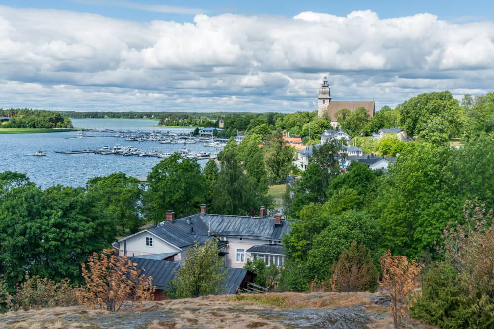 Vista de Naantali en Finlandia