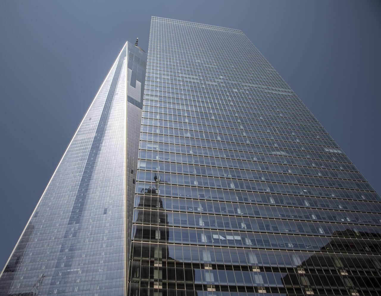 One World Trade Center desde el suelo