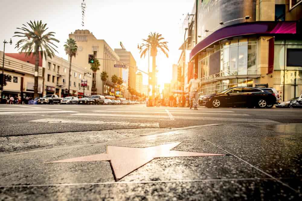 Ver el Paseo de la Fama, una de las cosas que hacer en Los Ángeles