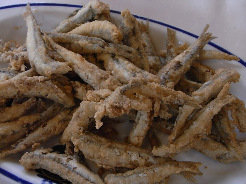 Pescaíto frito en la Malagueta