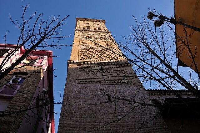 Torre de la iglesia de Santa María Magdalena