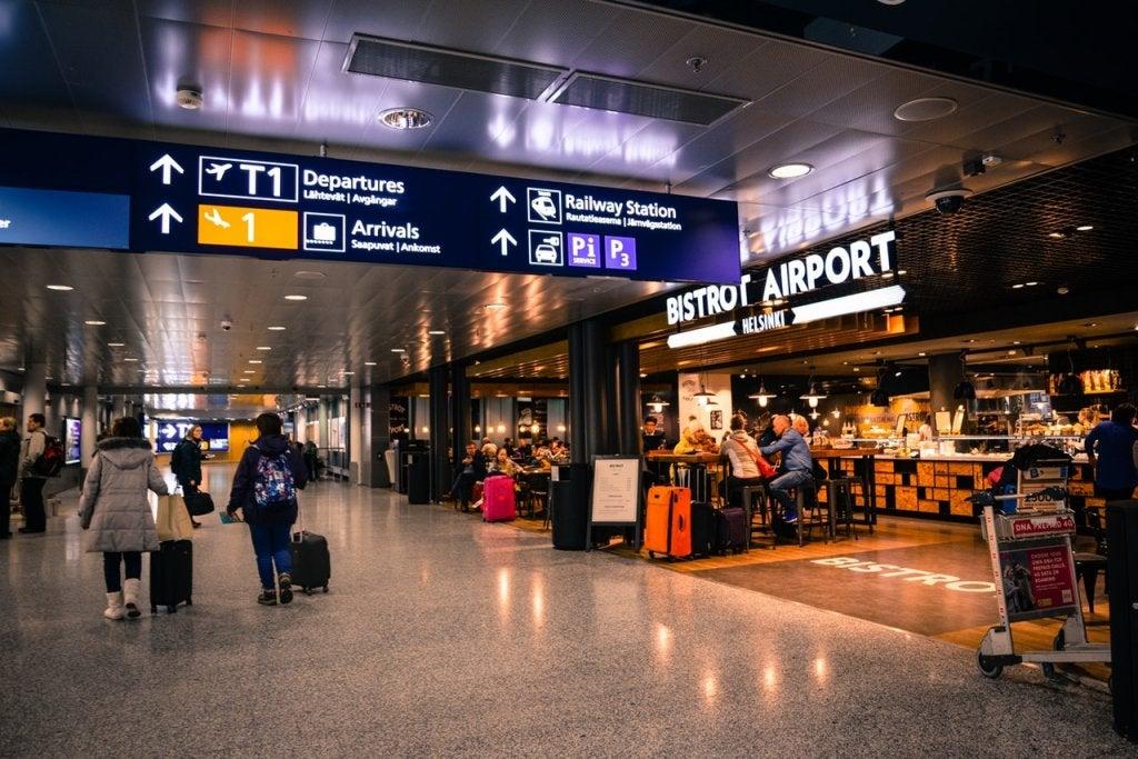 Pasillos de un aeropuerto