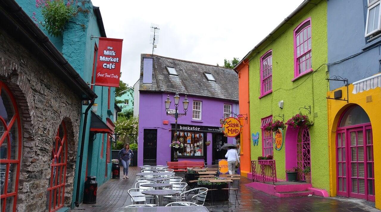 Calle de Kinsale en Irlanda
