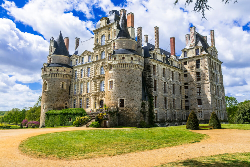 Castillo de Brissac en el valle del Loira