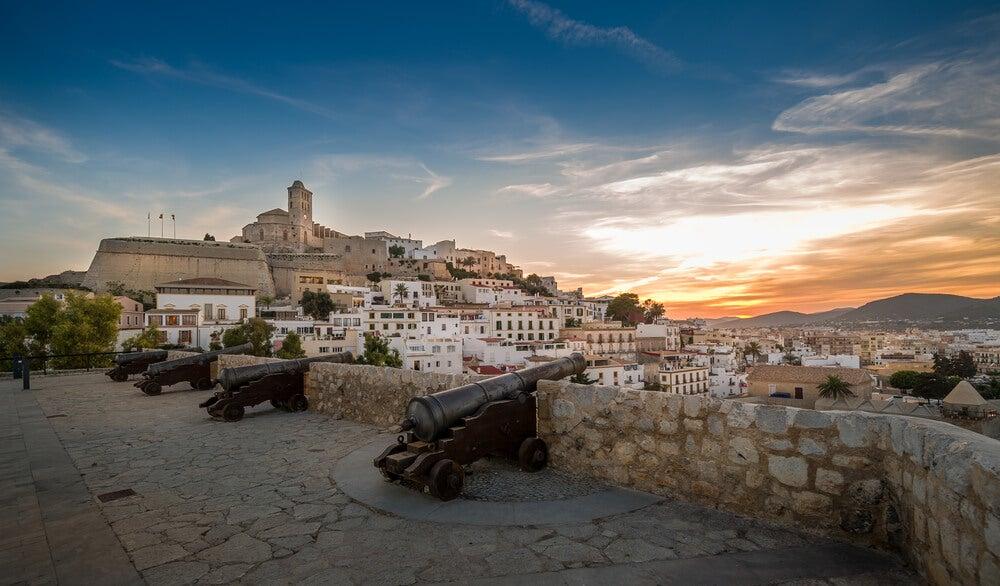 Exploramos Dalt Vila en Ibiza, Patrimonio de la Humanidad
